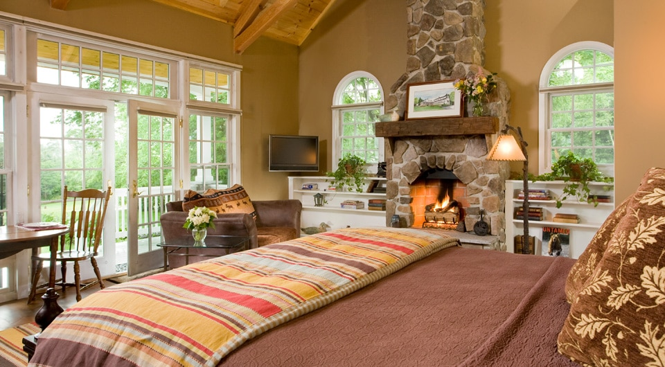 Our Bed and Breakfast is the perfect romantic New Hampshire Getaway This Winter