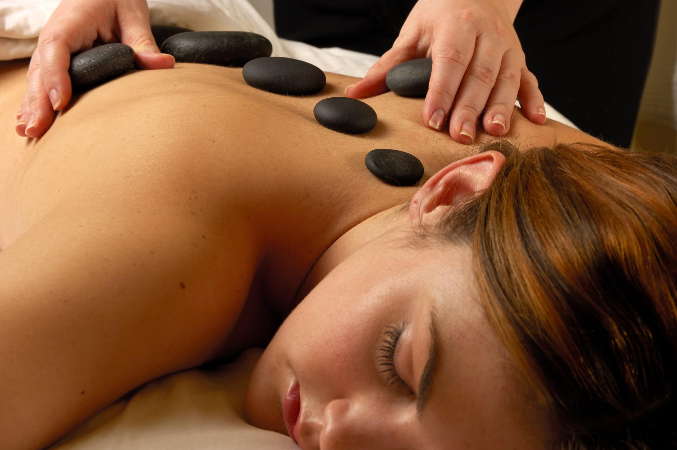 Hot Mineral Stone Spa Treatment