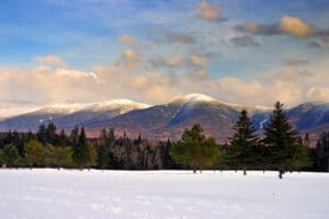Stunning views while enjoying the many things to do in the White Mountains this winter
